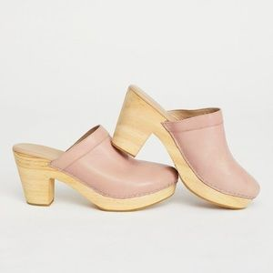 Free people clogs sz:37 highland park  slide mule
